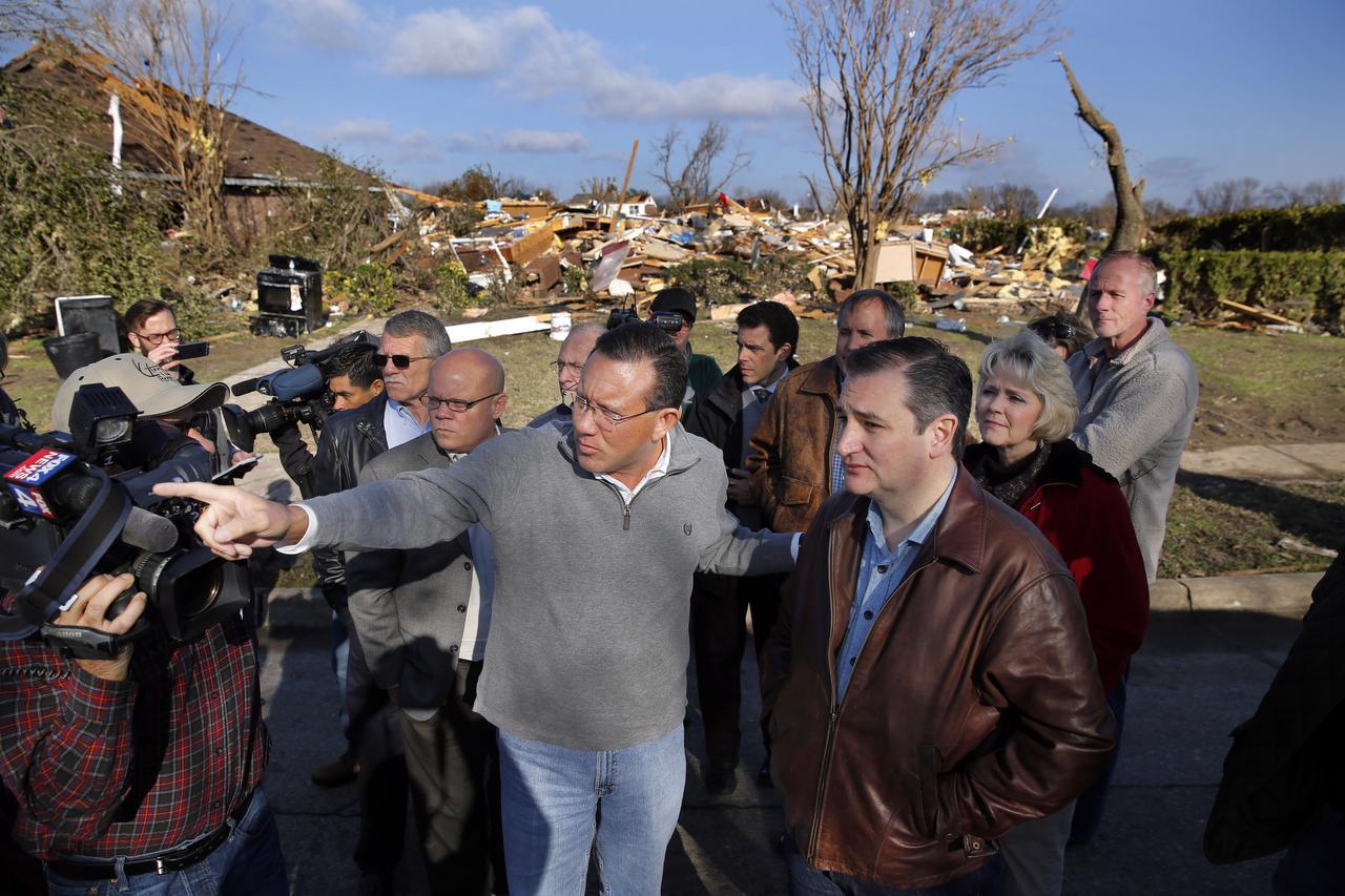 Mayor Gottel, Senator Ted Cruz (R) and State Rep. Cindy Burkett of Texas survey tornado damage